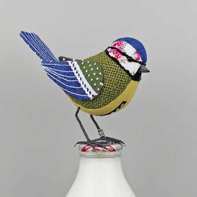 bird sculpture blue tit